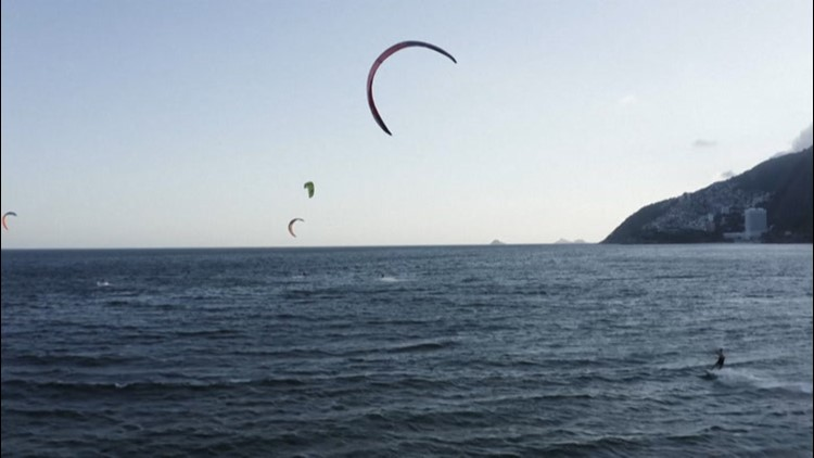 Kite surfers enjoy perfect wind conditions in Brazil
