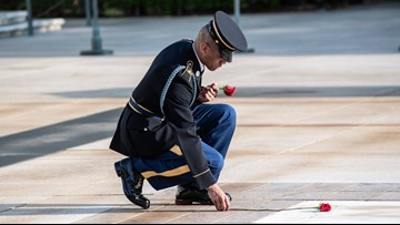 On his final walk, guard lays roses at Tomb of the Unknown Soldier