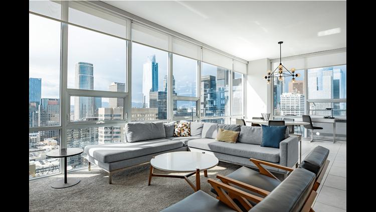Level Three-Bedroom Suite in Los Angeles, California