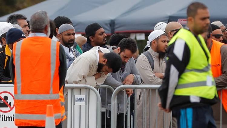 All of New Zealand hears call to prayer to honor mosque shooting victims