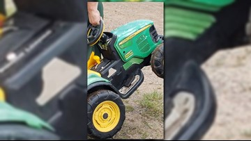 Minnesota toddler drives battery-powered tractor to county fair without asking parents
