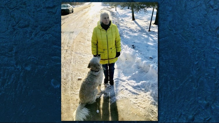 Jeanne Nutter and her dog