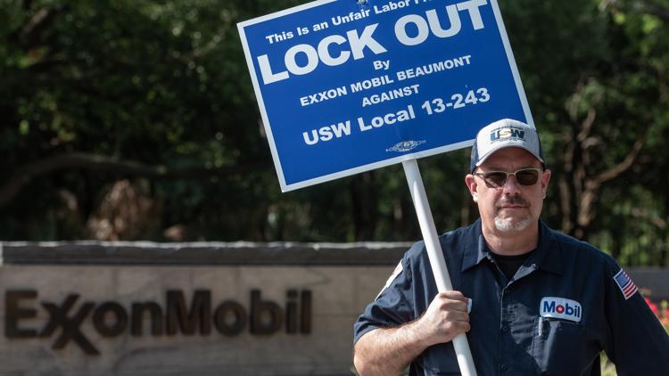 United Steelworkers hoping to meet with ExxonMobil next week as lockout continues