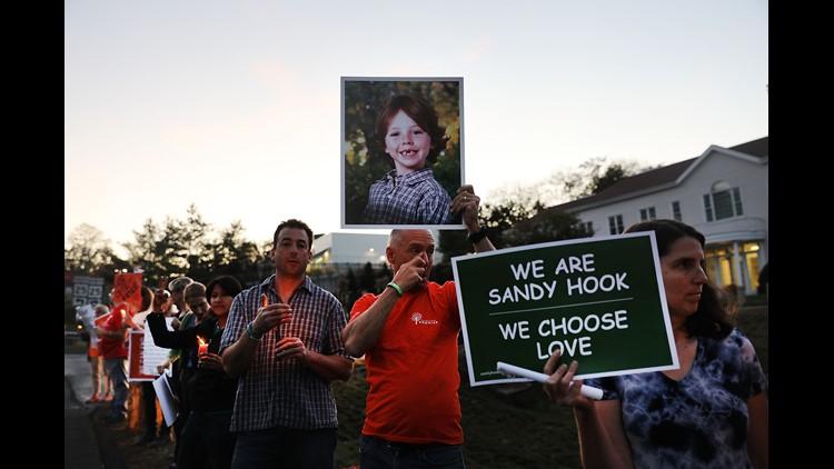 sandy hook vigil-432346027