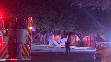 Officials: 3 dead after small plane crashes near San Antonio airport