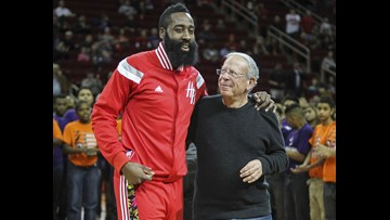 Les Alexander is selling the Houston Rockets