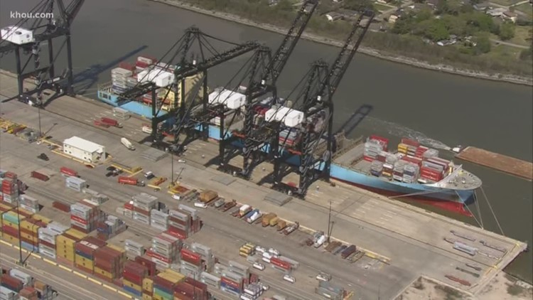 2 terminals reopening at Port of Houston after worker tests positive for coronavirus