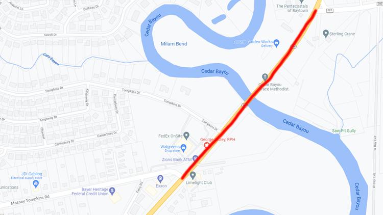 'Major gas leak' under Baytown bridge closed SH-146 in both directions
