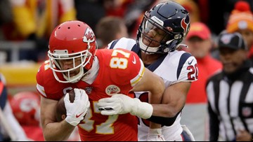 Texans blow 24-point lead, fall to Chiefs in season-ending loss