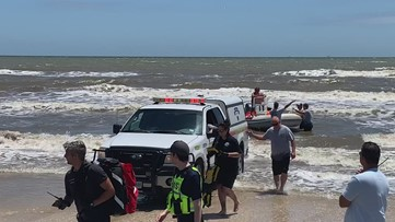 RAW   Search and rescue party look for missing 10-year-old boy, father near Crystal Beach