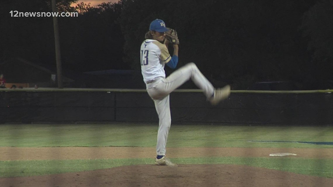 Hamshire-Fannett rallies to eliminate Bridge City in 12 innings