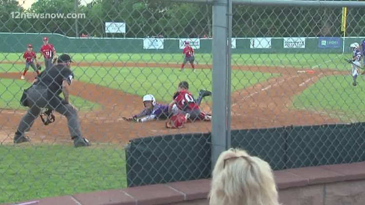 Groves National 10's roll into District 32 Semifinals