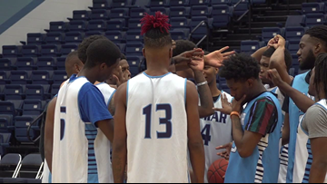 'Live each day like it's your last' | Lamar State College-Port Arthur basketball team reacts to tragic death of Kobe Bryant