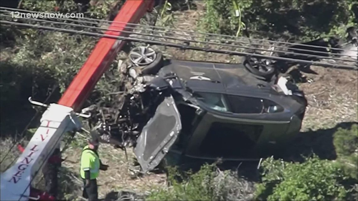 Los Angeles officials provide update on crash that injured Tiger Woods' legs