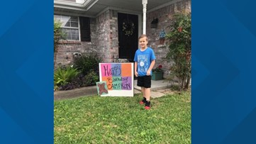 Community organizes teddy 'bear hunt' for 7-year-old after birthday party canceled