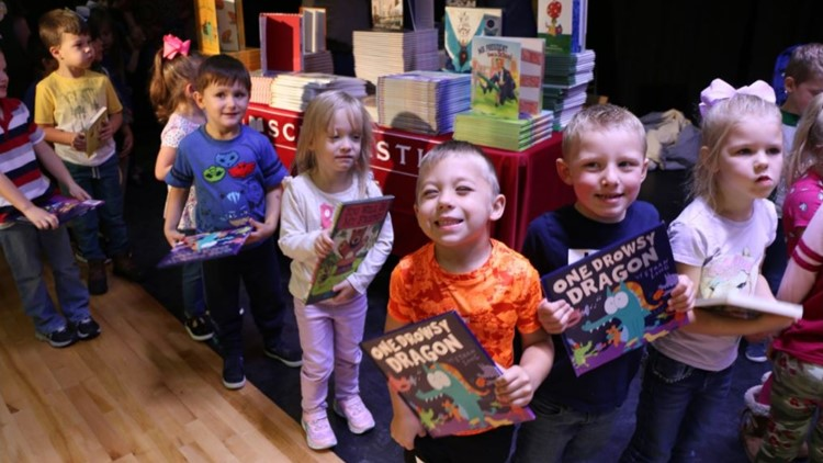 kids and books Little Cypres Mauriceville