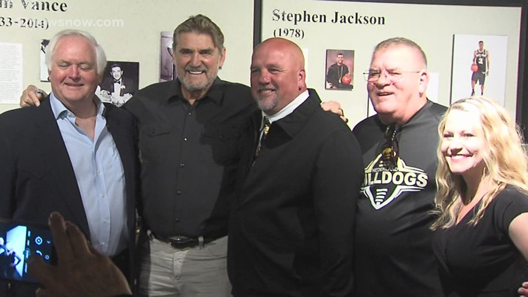 Barrow honored as National Football Federation Bum Phillips Golden Triangle Coach of The Year