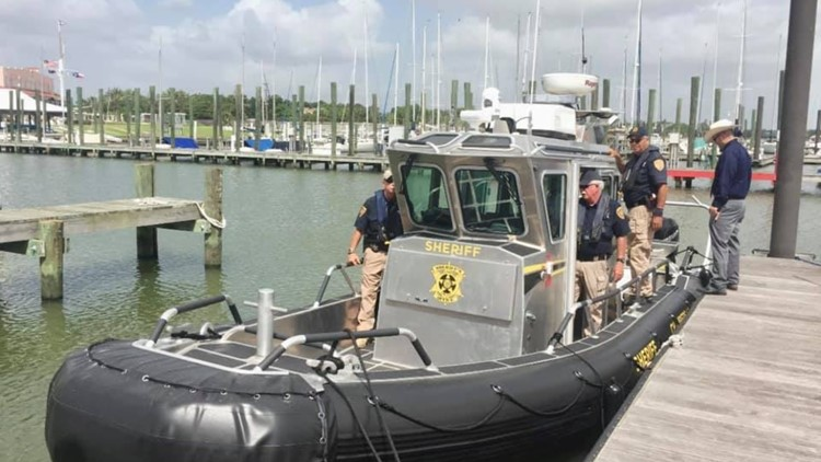 Two dead, teen survives rental boat accident in Galveston Bay