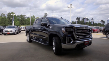 12News' Devin Medley takes a spin in a 2019 GMC Sierra pickup on 12News Test Drive