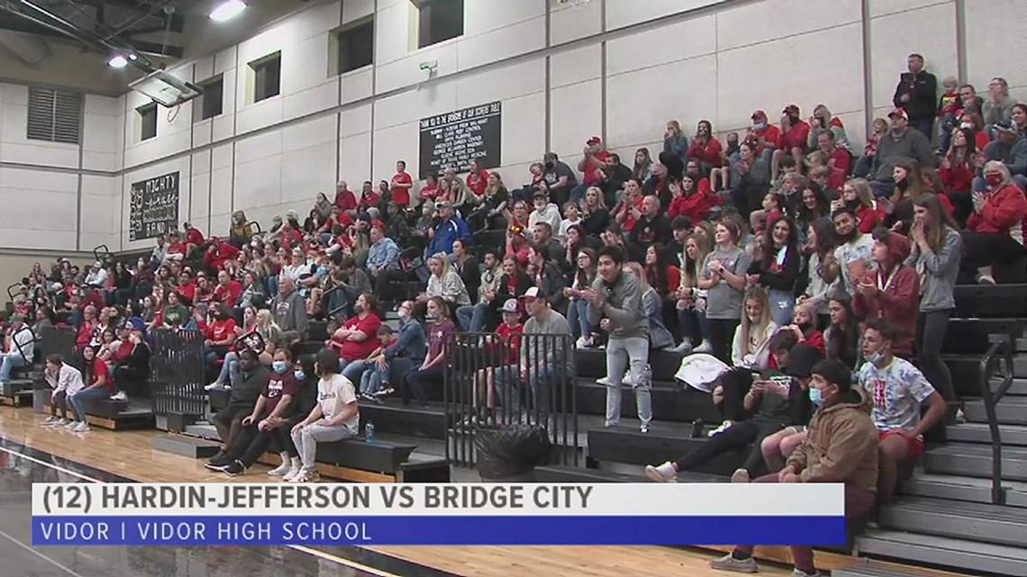 Bridge City shocks (15)Hardin-Jefferson to advance to the Area Round