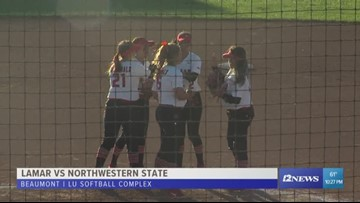 Lamar drops game two of doubleheader