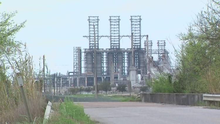 Motiva Port Arthur Refinery employee injured in Friday morning fire