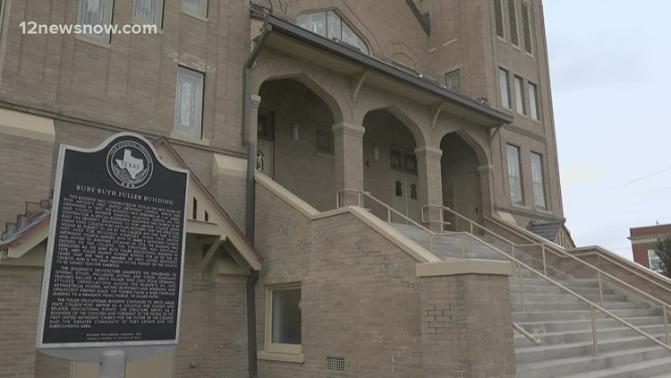 Lamar State College Port Arthur celebrate ribbon cutting ceremony of 100-year-old building
