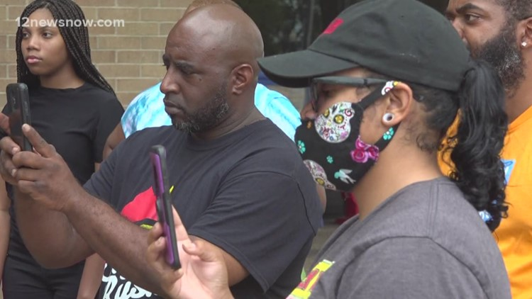 'We can't be heard over all the violence,' Peaceful protest held outside Beaumont City Hall