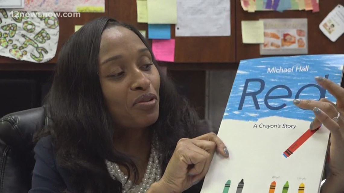 Beaumont principal goes above and beyond, reads to students via Facebook Live