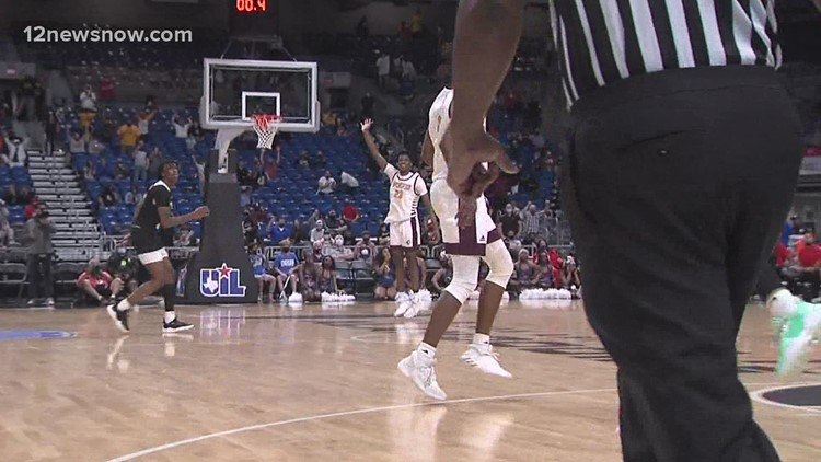 STATE CHAMPIONS: Arceneaux's heroics gives Beaumont United 5A title