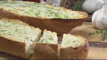 Mr. Food makes Three Cheese Garlic Bread