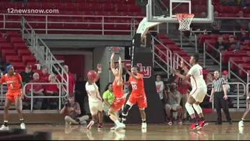 Lamar women extend win streak at home, take down SHSU