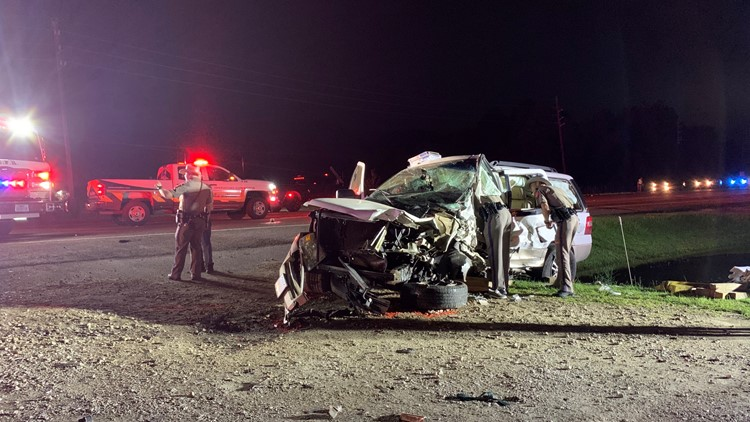 Serious wreck on Hwy 62 in Orange County kills one, sends 4 to the hospital Thursday night
