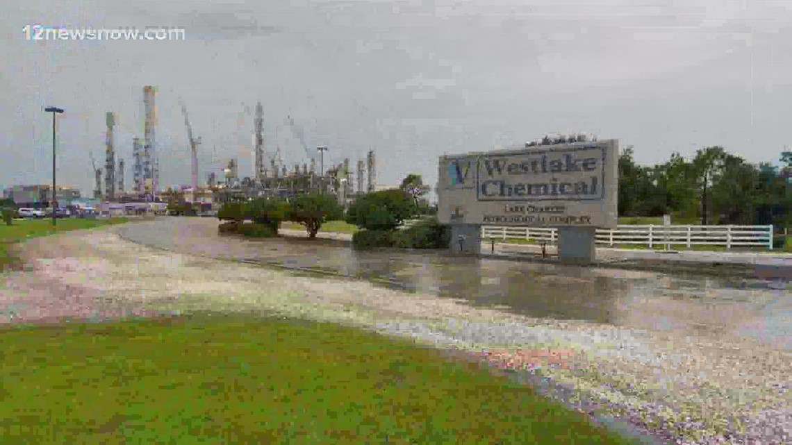 5 injured in explosion at a chemical plant in Lake Charles