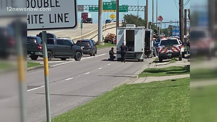Standoff ensues after armed man runs into Beaumont car rental business
