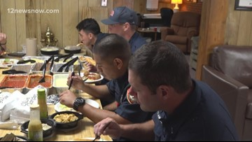 Olive Garden delivers Labor Day meal to Beaumont first responders on duty
