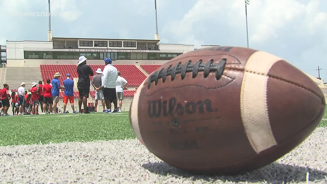 Lamar football camps are back!