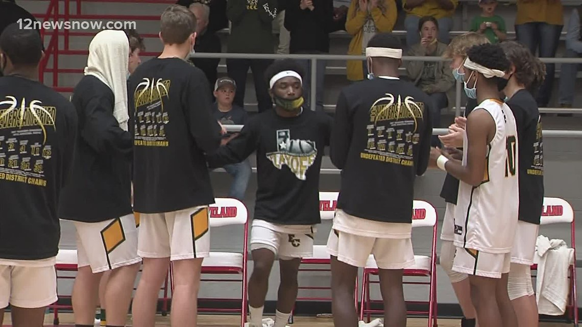 Undefeated East Chambers smashes Diboll in 3A Regional Quarterfinals