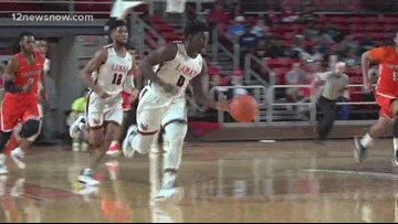 Lamar men's basketball hands SHSU their first loss in conference