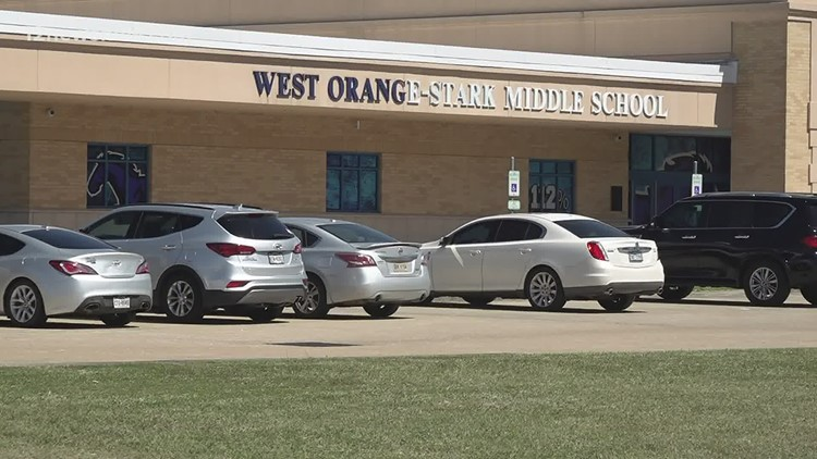 West Orange-Cove schools to require virtual learning students with failing grades, too many absences to return to campus