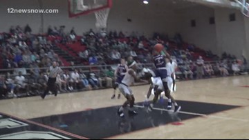 Hardin-Jefferson soars past Livingston