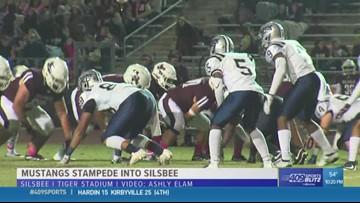 West Orange-Stark High School takes down Silsbee  17 - 9