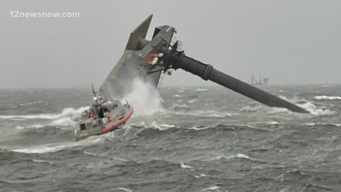 12 missing after boat capsizes of Louisiana coast