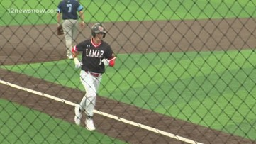 Late surge helps Lamar rally past Rhode Island