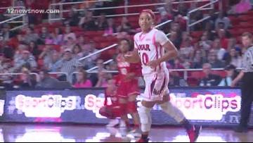 Lamar keeps home court winning streak alive