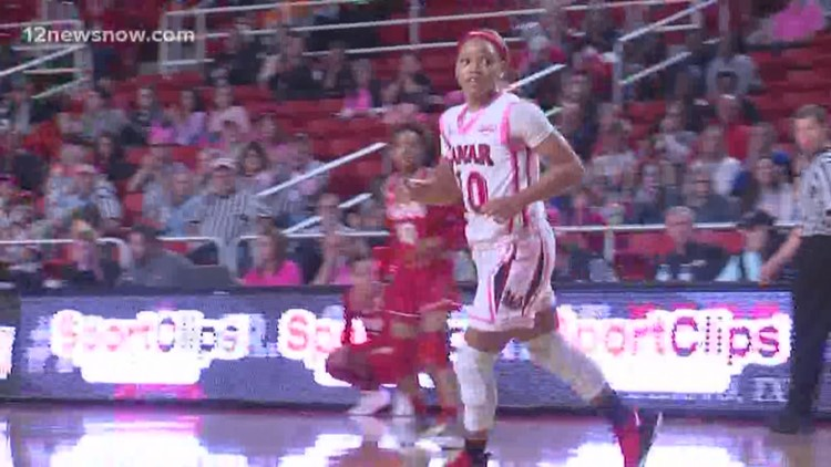LU women win 40th straight game in the Montagne