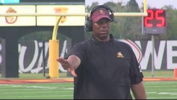 Coach Arthur Louis to retire
