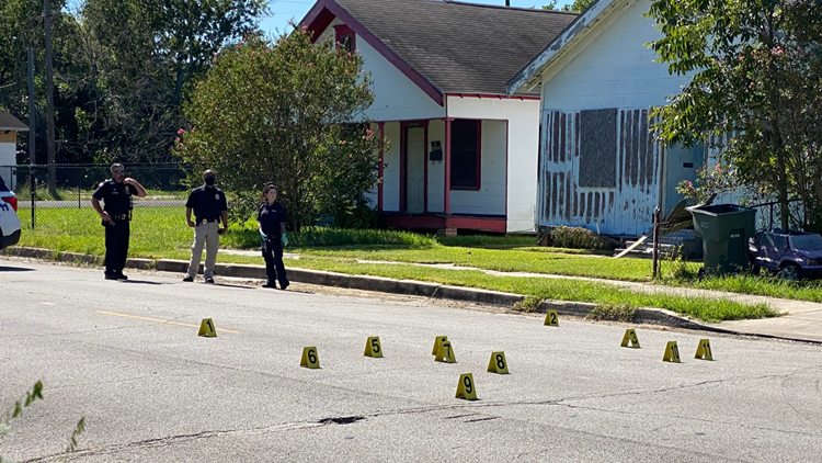 Daylight shooting in Port Arthur sends 1 to the hospital