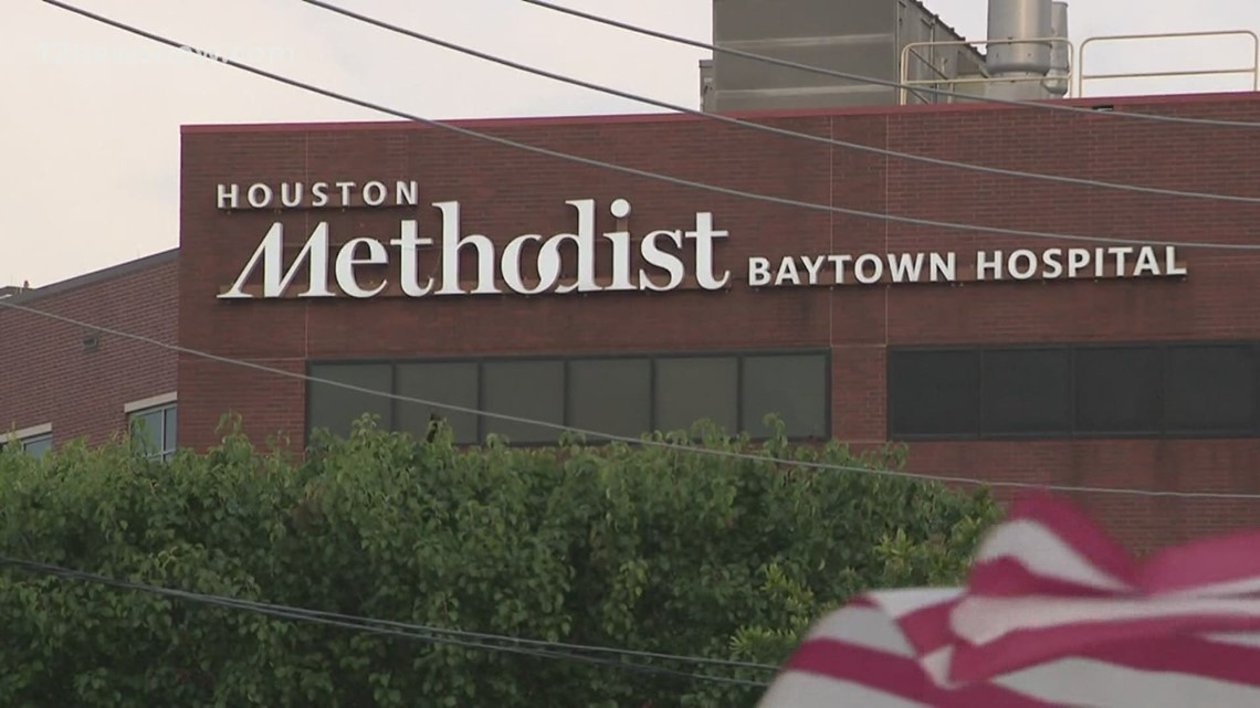 Hundreds of Houston nurses without pay after refusing to get COVID-19 vaccine