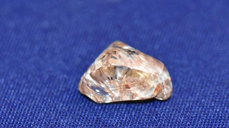 3.72-carat yellow diamond